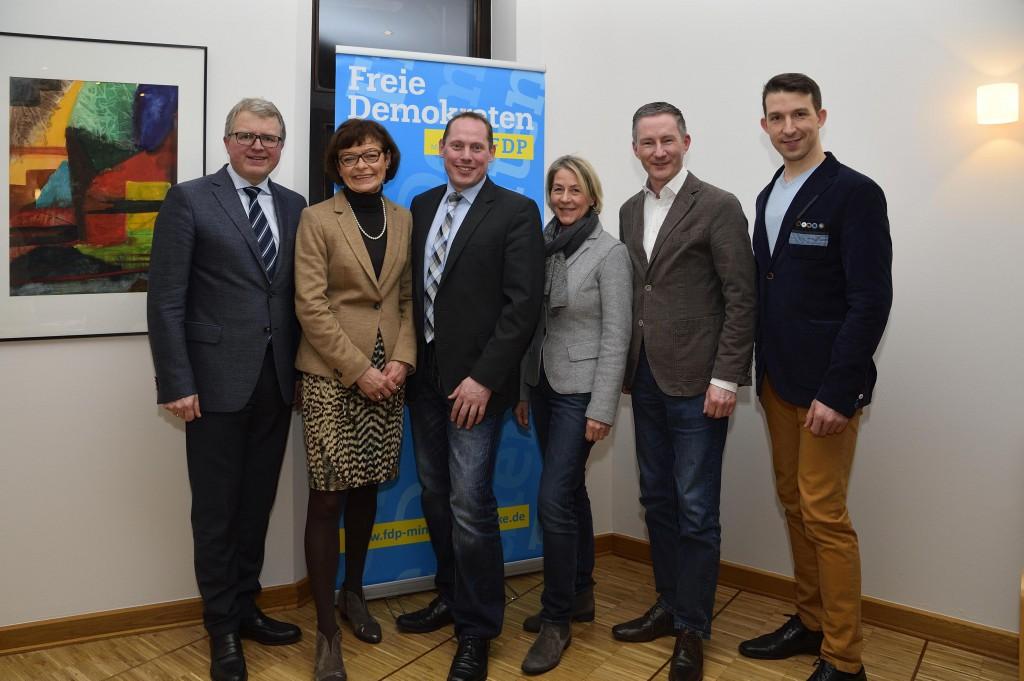 v.l.: Frank Schäffler, Cornelia Müller-Dieker, Martin Bierwirth, Susanne Engelking, Stephen Paul, Nikolaus Netzel